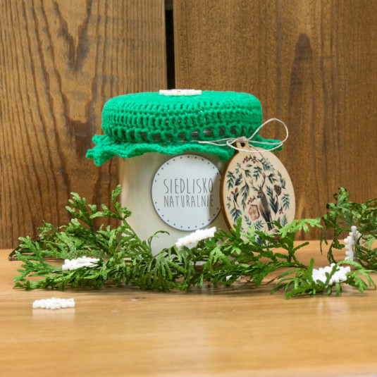 Świąteczna świeca rzepakowa z drewnianym knotem – świąteczna choinka